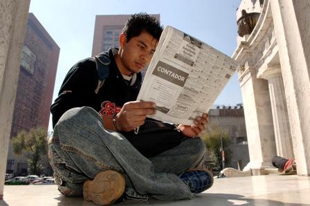Tiene desempleo leve baja en diciembre