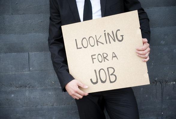 Toca desempleo en EU mínimo en 10 años