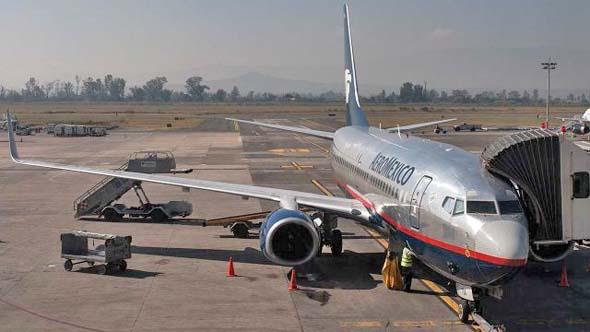 Trabajadores de Aeroméxico, con recursos legales