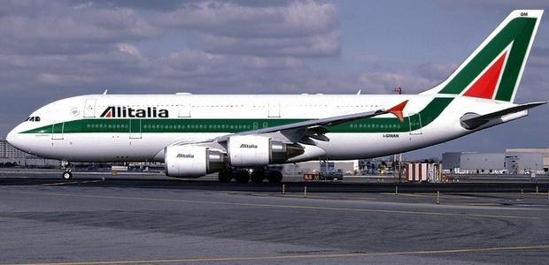 Trabajadores de Alitalia anuncian huelga por recorte de empleos