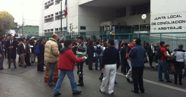 Trabajadores de Conciliación exigen garantías laborales