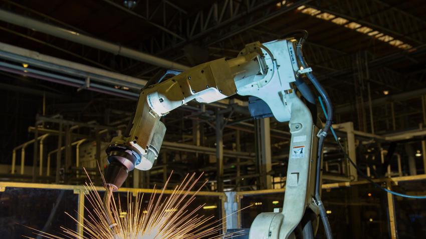 Trabajadores de EU, los más afectados por uso de robots
