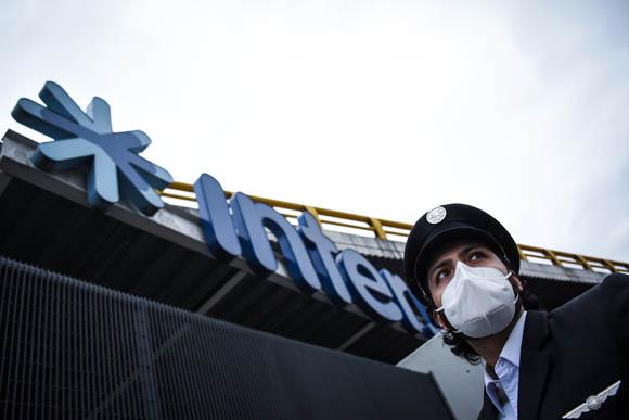 Trabajadores de Interjet exigen pago de salarios