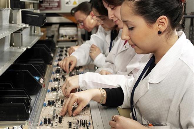 Trabajan mujeres 66% de tiempo sin remuneración
