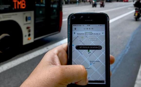 Uber anuncia aumento de tarifa por costo de combustible