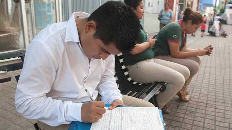 Ven catástrofe del empleo en México