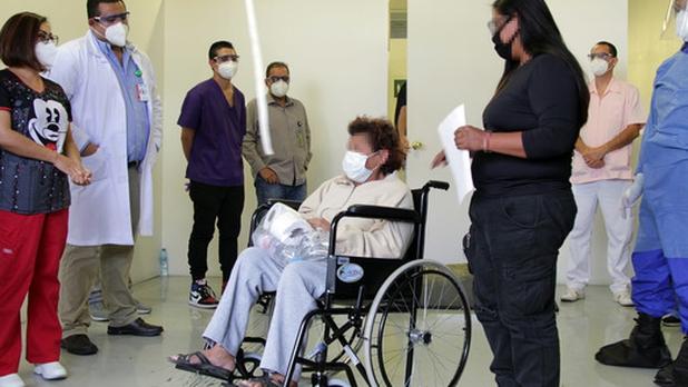Vencen al coronavirus 18 pacientes del Autódromo Hermanos Rodríguez