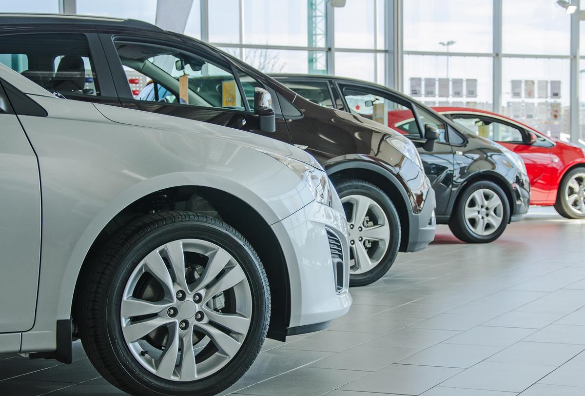 Venta de autos se hunde en abril