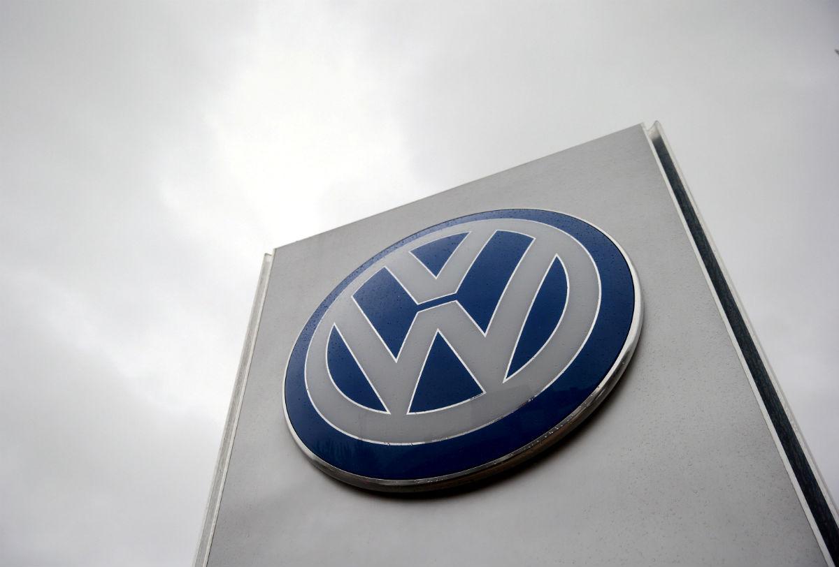 Volkswagen anuncia que recortará 25,000 empleos