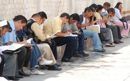 2.4 millones de jóvenes mexicanos desean trabajar, pero ¿dónde?