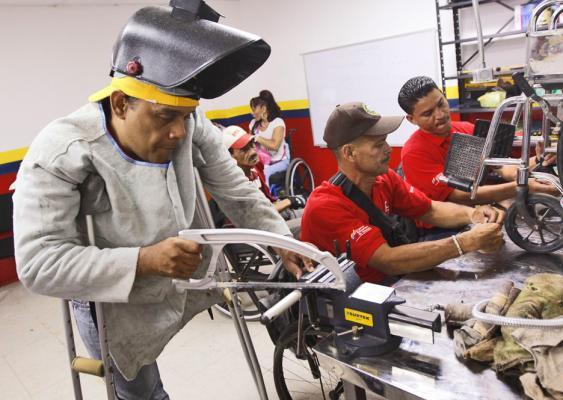 5.4 millones de personas en puestos de trabajo: STPS