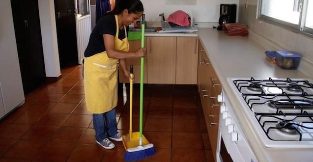 Aboga STPS por trabajadoras domésticas