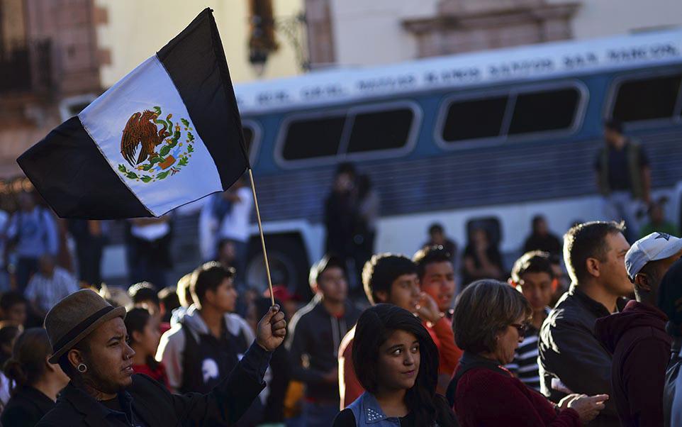 Acuerdan maestros marcha en CDMX