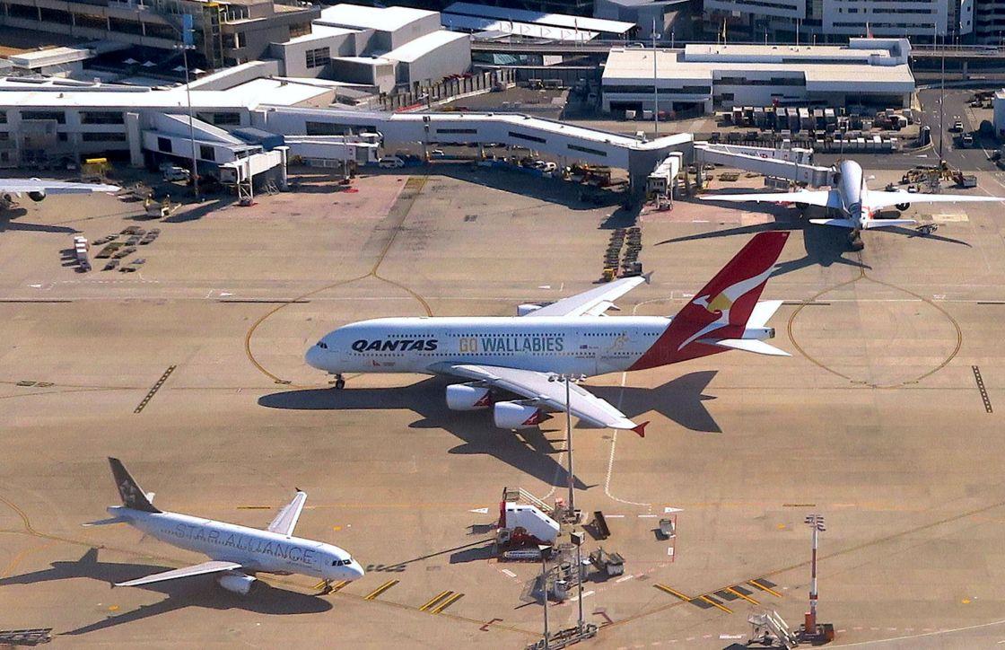 Aerolínea australiana Qantas da licencia a 2,500 empleados por coronavirus