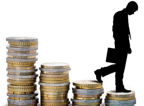 Al 68% ya no le alcanza el salario  y los más maltratados son jóvenes
