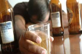 Alcoholismo aumenta malformaciones en hijos