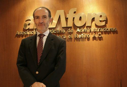 Amafore respalda la propuesta de AMLO de aumentar el retiro a 68 años