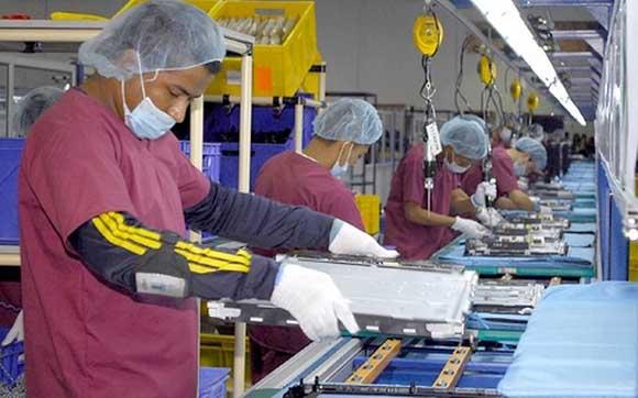 Ante un rebrote de Covid-19 seguirán trabajando 67% de empresas IMMEX en Nuevo León