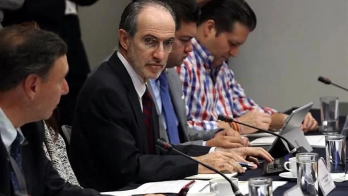 Aprueban en comisiones del Senado reformas a la ley de Afores