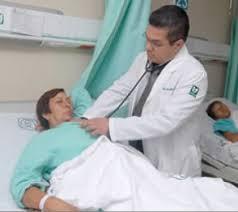 Bajan 23% quejas médicas