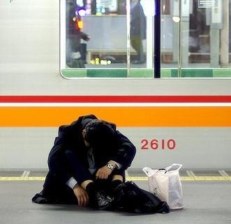 Cada vez más se matan trabajando en Japón (y podría ocurrir en México)