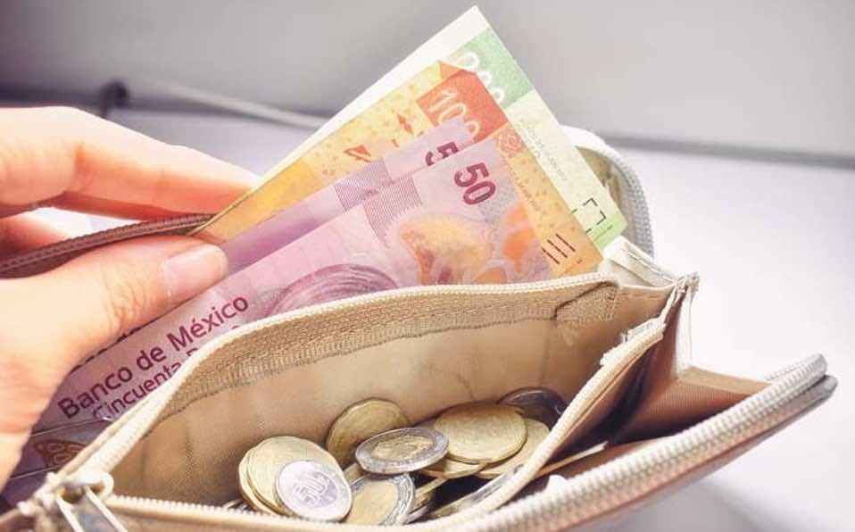 Caen en pobreza salarial más de 13 millones de mexicanos: CEEY