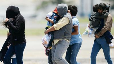Calculan 40% de deportados con antecedente penal