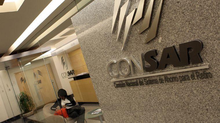 Consar quiere que las Afore bajen 28% cobro de comisión hacia 2024