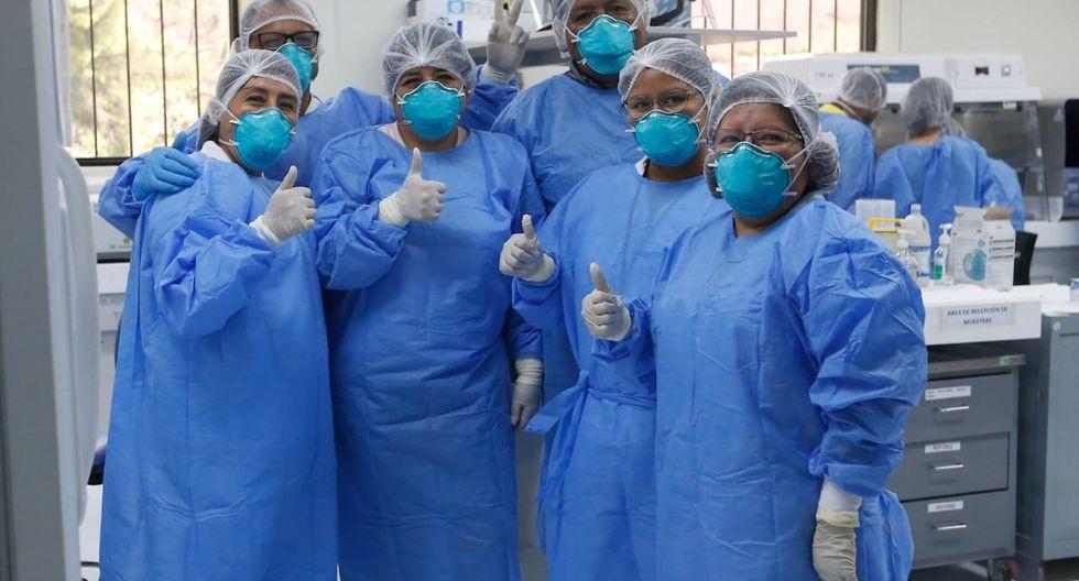 Darán seguro de vida gratuito a personal de la salud que combate a Covid-19