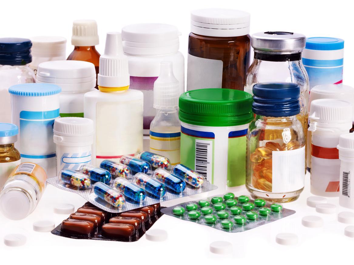 Desairan licitaciones de fármacos básicos