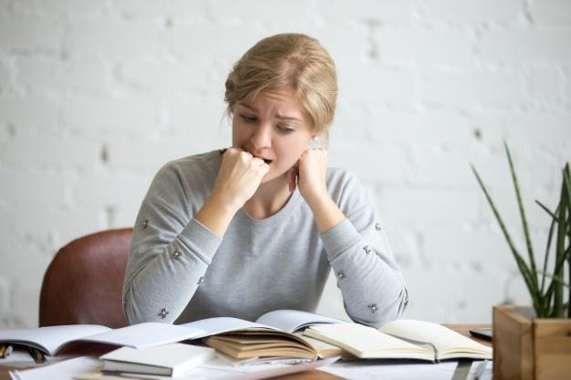 Empleados sufren estrés laboral por miedo a que los corran