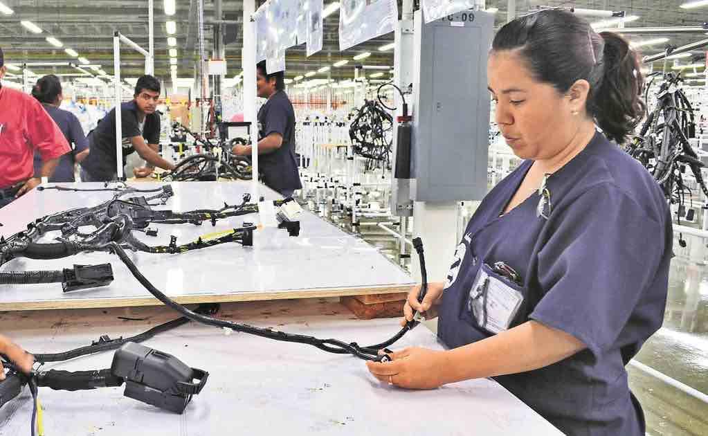 En agosto se crean 92 mil 390 empleos formales pero...