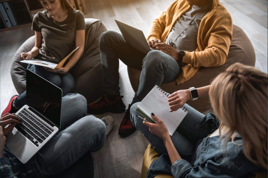 Flexibilidad laboral, el beneficio más valorado por millennials y centennials
