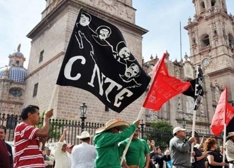 Ganan en CNTE 1.5 mdp sin dar clases y dobletean como alcaldes