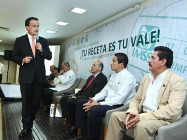 Garantizan abasto de medicinas en Jalisco