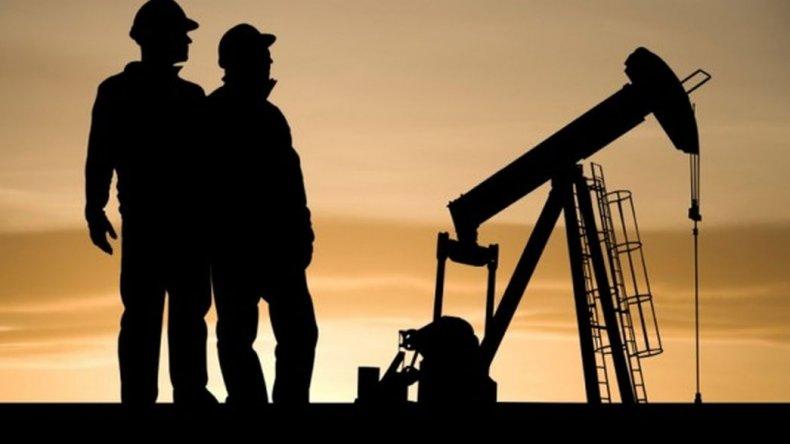 Gozan hoy petroleros de 'viejos apoyos'