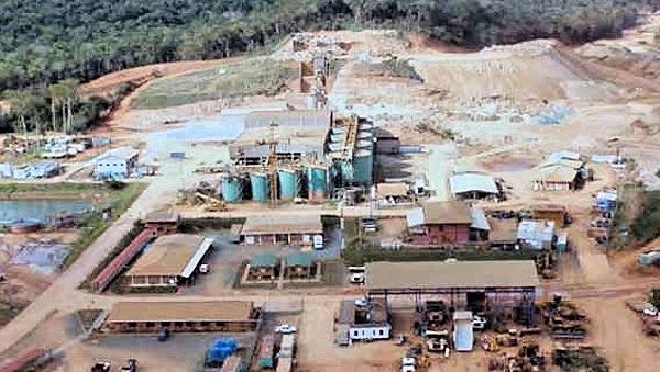 Gremio de Gómez Urrutia logra alza de 8.5% en mina El Coronel