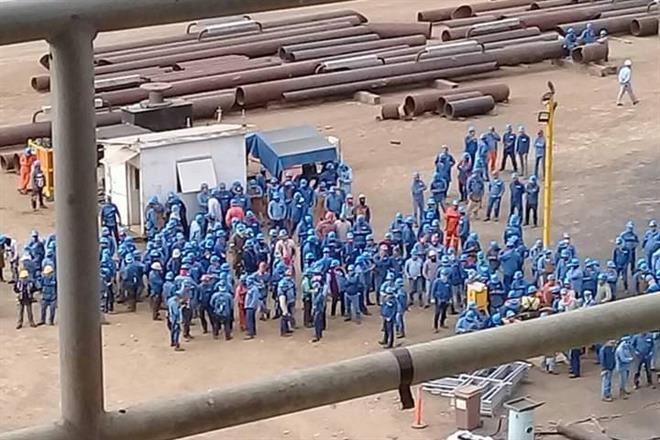 Hacen paro laboral plataformeros de Altamira