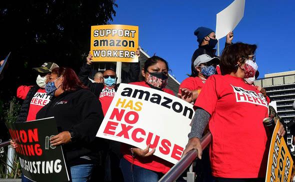 Inicia el recuento de votos sobre creación de primer sindicato de Amazon en EU