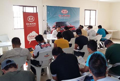 Kia le pone 40 millones de pesos a capacitación de empleados
