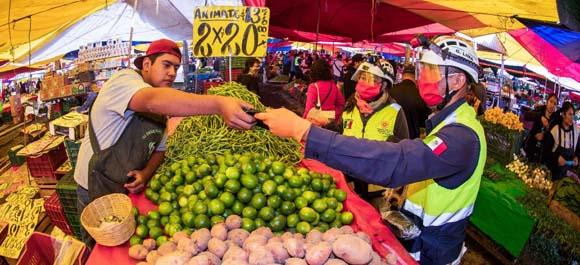 La economía informal en México genera casi una cuarta parte del PIB