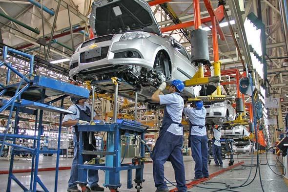 La industria automotriz recupera el 76% de los empleos perdidos