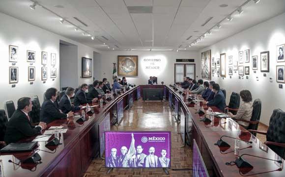 Lidera Presidente AMLO reforma en el Infonavit al recibir a su Consejo de Administración