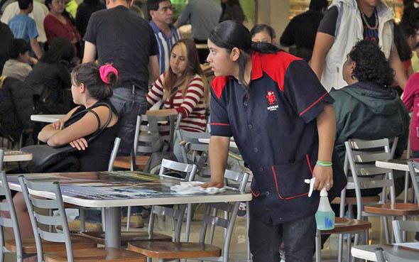 Más de 300 mil trabajadores ya han sido contratados tras reforma al outsourcing