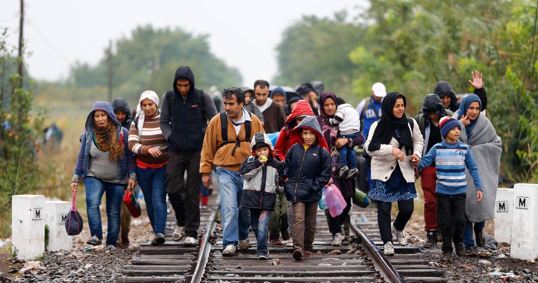 Migrantes tendrán que pagar impuestos