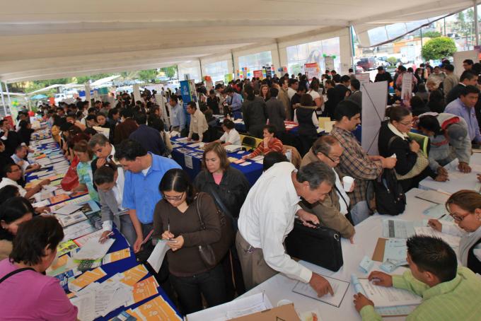 Ofertan más de mil plazas para jóvenes en Tlalnepantla