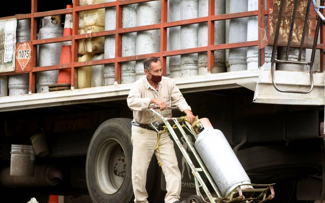Ofrece Pemex empleo  para repartir Gas Bienestar
