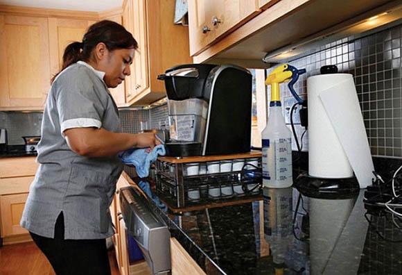OIT urge a regular inspecciones a empleadores de trabajadoras del hogar en México