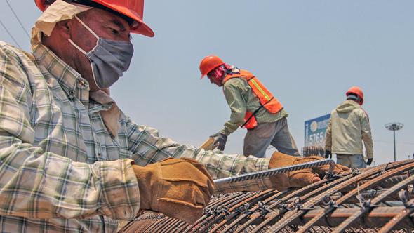 Pandemia 'golpea' a 2 mil empresas de la construcción en México