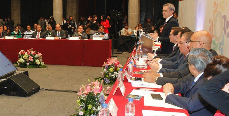 Pide Mancera que Consejo Económico analice efectos de renegociar el TLC
